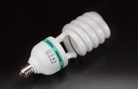 energiesparlampe-1167347_1920